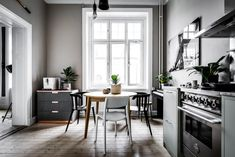 I want to repaint my kitchen. But what color? - Pic from my home. Simple Interior, Interior Design, Living Spaces, Living Room, White Rooms, Boy Room, Decoration, Kitchen Design, Sweet Home