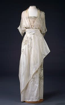 Evening Dress   N.P. Lamanovas Workshop, Moscow   Russia. 1910s   Silk and metal thread; embroidered.