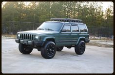 Lifted Cherokee Sport XJ For Sale - Lifted Jeep Cherokee - Built Jeep Cherokee — Davis Autosports Jeep Cherokee Lift Kits, Jeep Grand Cherokee Zj, Modificaciones Jeep Xj, Jeep Wrangler Lifted, American Restoration, Cherokee Limited, Jeep Life, Jeeps, Jeep Stuff