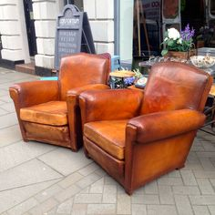 Antique Leather Club Armchair - The Consortium, Vintage Furniture