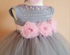 Vestido de rosa y oro vestido de crochet ganchillo canesú