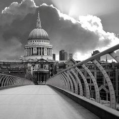 St Paul's & Millennium Bridge
