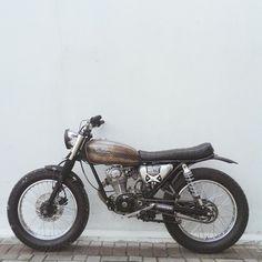 motomood:Honda CB125 #motorcycles #bratstyle #motos | caferacerpasion.com