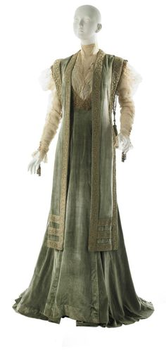 Tea Gown, House of Worth, 1908 1900s Fashion, Edwardian Fashion, High Fashion, Vintage Fashion, Fashion Goth, Vintage Beauty, Fashion Clothes, Jeanne Lanvin, Historical Costume