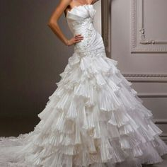 ♡ the upper part of this gown