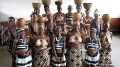 The Shona people of Zimbabwe are a diverse ethnic group with a rich history and fascinating culture. A majority tribe in this Southern African country, they make up of its population though the… Rhino Africa, New Africa, East Africa, African Tribes, African Countries, Stone Sculpture, Zimbabwe History, Shona, Musica