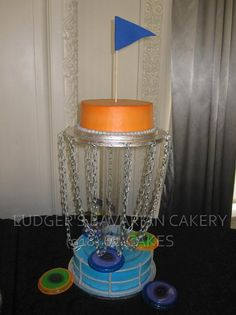 this would be a good groom's cake for Dayton - he loves Frisbee golf