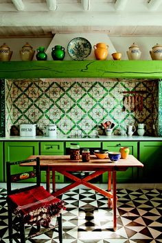 111 Eclectic Kitchen Design, Ideas, Remodel, and Decor For Your Home Eclectic Kitchen, Boho Kitchen, Shabby Chic Kitchen, Green Kitchen, Kitchen Colors, Kitchen Interior, New Kitchen, Interior And Exterior, Interior Design