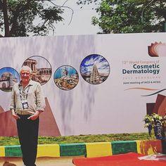 Hindistan'da bir kongre bitti.Döndük ve bugün işbaşı. #Hindistan #india #bangalore #kongre  #worldcongressofcosmeticdermatology #dünya #dermatology #dermatoloji #dermatolog #cosmetology #doktor #stemcell #kökhücre #antiaging #güzellik #sağlık #medicine #tıp #beauty http://tipsrazzi.com/ipost/1510721892519177976/?code=BT3KY6eAu74