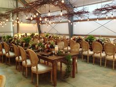 Fleurs de France - Sonoma, Napa Valley, Wine Country Wedding Florist & Event Design. Durham Ranch wedding reception. Whimsical, earthy, neutrals.  Fleurs de France.www.fleursfrance.com with @SuzyBerberianWeddings