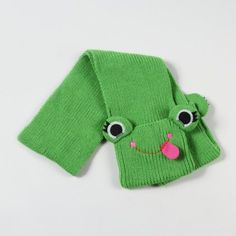 frog face knit scarf...