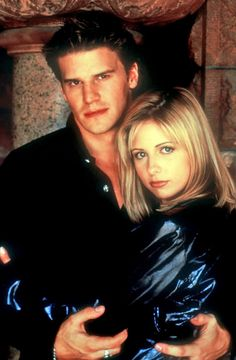 Buffy-Sarah-Michelle-Gellar-David-Boreanaz-Angel-dvdbash34