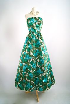 Vintage 1950s Floral Print Evening Gown  50s by xtabayvintage