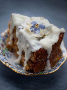 Scottish Oatmeal Yogurt Jam Cake ~ a hearty twist on the classic Vicky Sponge/Sandwich