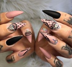 52 pretty nail art patterns decorated and simple 2019 - Page 51 of 52 - Nail D . - 52 pretty nail art patterns decorated and simple 2019 – page 51 of 52 – nail designs & manicure - Stiletto Nail Art, Cute Acrylic Nails, Acrylic Nail Designs, Cute Nails, Gel Nails, Nail Polish, Toenails, Simple Stiletto Nails, Fishnet Nails