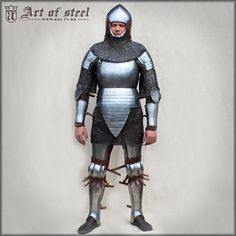 Armadura completa de caballería 1340-1440 (reconstrucción). Anglo Saxon History, Early Middle Ages, Medieval Weapons, Knight Armor, Suit Of Armor, Medieval Fantasy, 14th Century, Crusaders, Knights