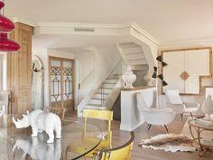 CASA DE VERANO 2013 : Pasillos, vestíbulos y escaleras de estilo ecléctico de BELEN FERRANDIZ INTERIOR DESIGN