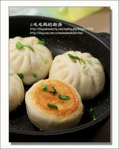 Sheng Jian Bao with ground pork and mushroom (Recipe in Chinese)