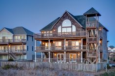 Outer Banks Vacation Rentals | Waves Vacation Rentals | Chateau Sur Mer #693 |  (7 Bedroom Oceanfront House)