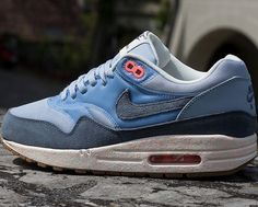 Nike WMNS Air Max 1 – Light Armory Blue / Armory Slate – Atomic Pink