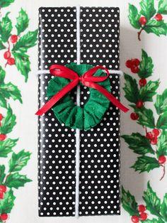 Christmas Wreath Gift Topper DIY