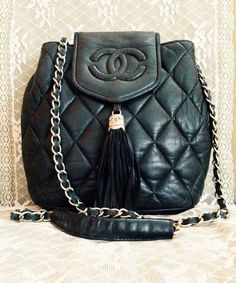 Vintage Chanel Shoulder Bag.