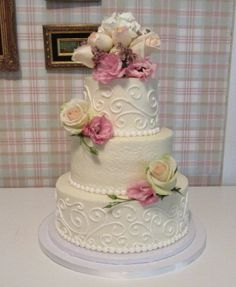 Airbrushed Buttercream with Swirled Piping and Pearl border Wedding Cake
