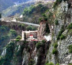 Sacred monastery of Proussou in Karpenisi (pref. of Evrytania) What A Wonderful World, Greece Travel, Athens, Wonders Of The World, The Good Place, Places To Visit, Around The Worlds, In This Moment, Island