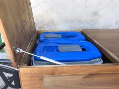 Nesta food bike a caixa térmica foi embutida na caixa, mas com as tampas do baú e das térmicas trabalhando de forma independente.  Esta escolha foi feita juntamente do cliente, a fim de preservar a otimização térmica do sistema. .  . . . . . Quer fazer um carrinho para você também? Entre em contato para maiores informações em: vendas@arttrike.com.br . . . Conheça mais do nosso trabalho em: www.arttrike.com.br . . . . .  . . .. #carrinhosgourmet #carrinhosdefesta #carrinhosparaeventos #bikebeer # Bike Food, Outdoor Decor, Home Decor, Shape, Business, Decoration Home, Room Decor, Home Interior Design, Home Decoration