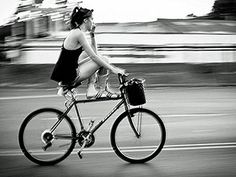 13 Reasons You Should Start Biking To Work. Though U.S. has seen 40 percent growth in bicycle commuters since 2000, their numbers have yet to surpass 1 million. In contrast, there are 204 million personal vehicles on the road on a given day.