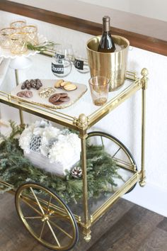 Last-Minute, Shopping, Holiday Decor, Decorations, Holidays, Christmas, Champagne, Wine Glasses, Flutes, Appetizers, Mix and Match, High and Low Pieces, Garland, Winter, Inspiration, Creativity, Fancy, Cart, Parties, Holiday Party #KatalinaGirl