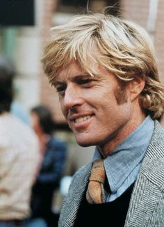 "Robert Redford in The Way We Were. ""I did that film just so I could kiss Robert Redford. Hollywood Stars, Classic Hollywood, Old Hollywood, Faye Dunaway, Sundance Kid, Pretty People, Beautiful People, Actrices Sexy, Errol Flynn"