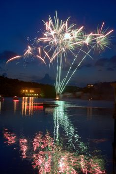 4th of july lake austin