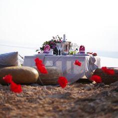 Noces de coquelicots ✨ . #wedding #anniversary #anniversairedemariage #picnictime #frenchriviera #cotedazur #nocesdecoquelicot #8ans