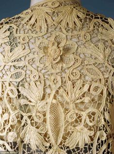 Augusta Auctions. Close up of stunning lace. Irish lace, possibly?