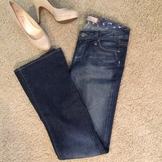 "Paige ""Coverdale"" Jeans Comfortable Paige cloverdale jeans sz 27 in EUC except for minor wear on the bottoms! 2 front functioning pockets (and mini pocket) as well as 2 rear button functioning pockets. Fronts button and zip! I am 5'5"" and they are perfect to wear with heels! 98% cotton 2% spandex Paige Jeans Pants"