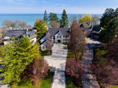 Real Estate agents in Oakville Ontario