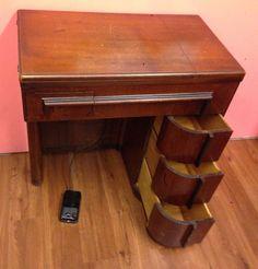 Vintage Singer Slant-O-Matic 401A Sewing Machine | Singers ...