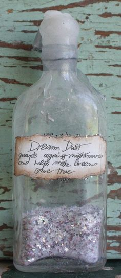 Dream Dust – guards against nightmares and helps dreams come true.