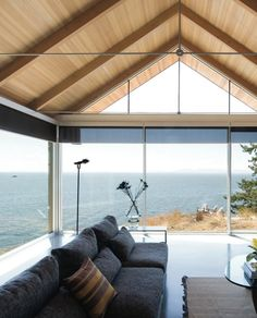A magnificent dwelling on Bowen Island  by Bai Architects
