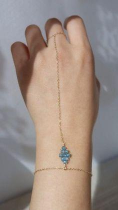Wire Jewelry Rings, Wire Jewelry Designs, Handmade Wire Jewelry, Diy Crafts Jewelry, Hand Jewelry, Bead Jewellery, Wire Wrapped Jewelry, Necklace Designs, Beaded Jewelry