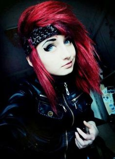 50 Emo Hairstyles for Girls (I bet you haven't seen them before)