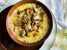 Kremet kyllingsuppe med sopp og rotgrønnsaker Hummus, Eat, Ethnic Recipes, Food, Essen, Meals, Yemek, Eten