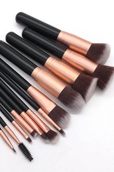natural makeup with Nylon hair makeup brush set Makeup Brush Set, Natural Makeup, Brushes, Hair Makeup, Lipstick, Set Of Makeup Brushes, Natural Make Up, Lipsticks, Hairdos
