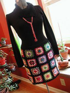 Fabulous Crochet a Little Black Crochet Dress Ideas. Georgeous Crochet a Little Black Crochet Dress Ideas. Crochet Bodycon Dresses, Black Crochet Dress, Crochet Skirts, Crochet Clothes, Crochet Granny, Crochet Stitches, Crochet Patterns, Skirt Patterns, Coat Patterns