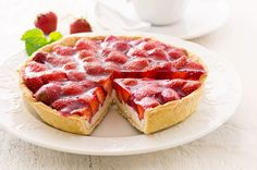 We love this fresh strawberry tart and know you will too, once you try it! Anyone can make this recipe, so push your sleeves up and try it!