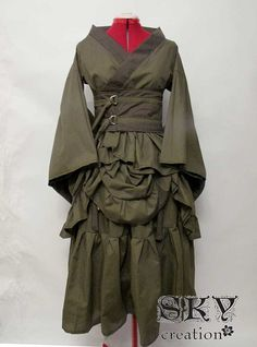Custom Bustled Kimono Set by skycreation on Etsy - Inspiration for my first Steampunk venture.