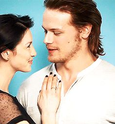 I love the way he looks at her. And this is only a photo shoot! Can't wait for the show to actually start!!!