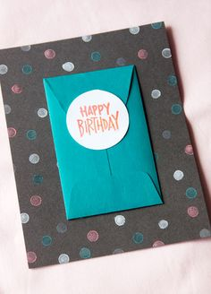 DIY gift card holder and card Money Cards, Diy Cards, How To Make Confetti, Cute Envelopes, Birthday Cards, Diy Birthday, Card Tags, Homemade Cards, Diy Gifts