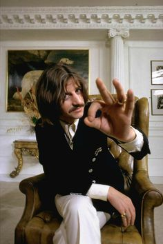 The Beatles' most fashionable moments: We bring you 12 images of John Lennon, Paul McCartney, George Harrison and Ringo Starr at their nattiest to show you what we mean. John Lennon, Great Bands, Cool Bands, Richard Starkey, I Am The Walrus, Les Beatles, Beatles Photos, The Fab Four, Ringo Starr